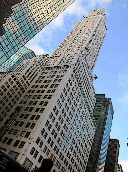 Chrysler-Building-view-from-42nd-Street