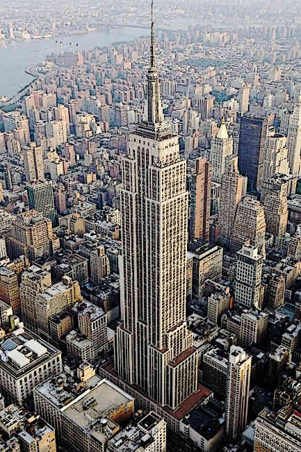 Famous-American-Skyscrapers-Empire-State-Building-aerial-view